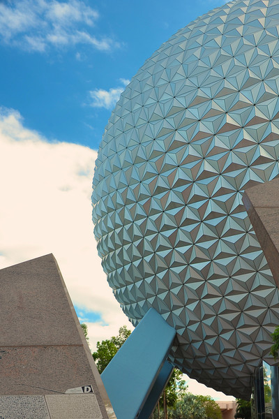 Cropped version without the tourists of Spaceship Earth in Epcot.