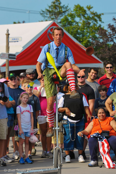 Hilby, the Skinny German Juggler, performing at the New York State Fair in Syracuse, New York.