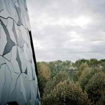 Motifs de la toiture de la Philharmonie de Paris de Jean Nouvel