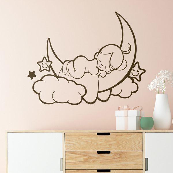 Ci sono tanti modi per far entrare lo sport in camera: Adesivi Murali Camerette Bimba Ragazza Che Dorme Sulla Luna Stickersmurali Com