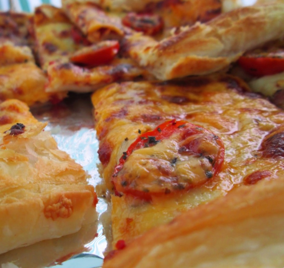 Cheese and tomato slices