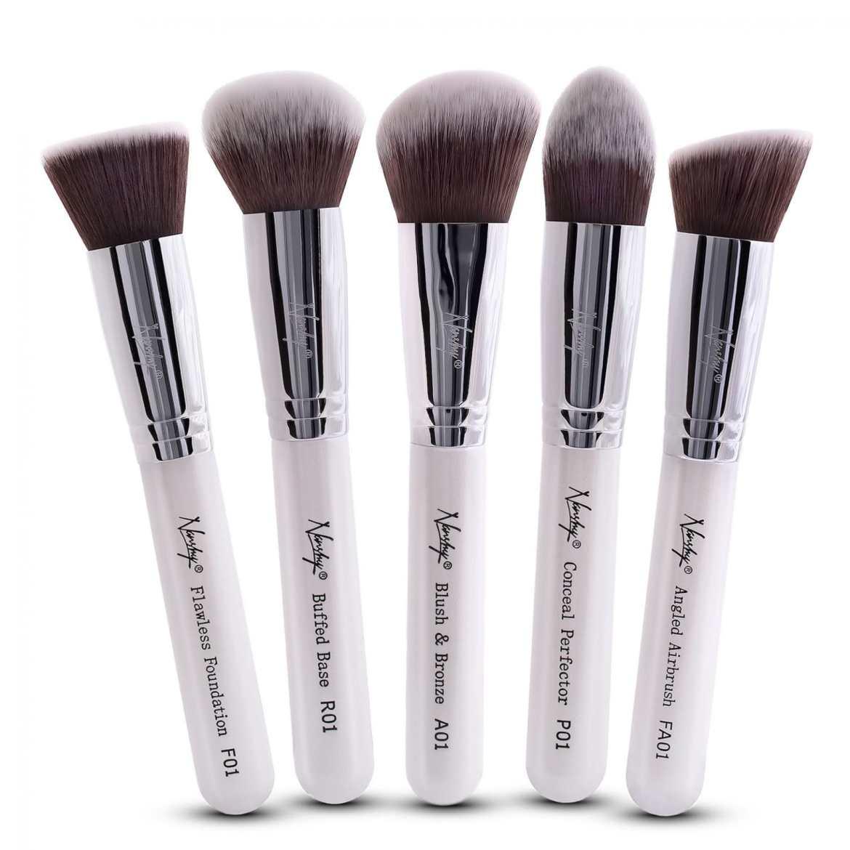 Gobsmack Glamorous Pearlescent White vegan makeup brushes from Nanshy
