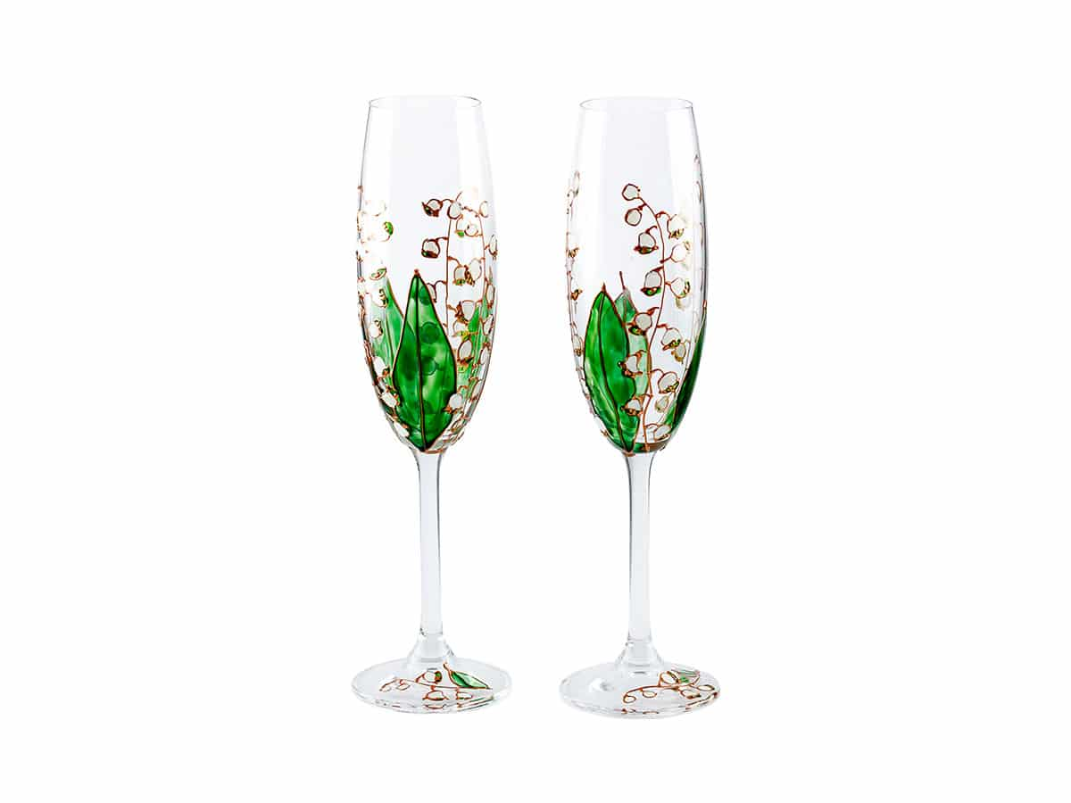 Pahare nunta cu flori albe de margaritar