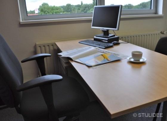 bureau bij daglicht in Capelle na STIJLIDEE Kleuradvies, Interieuradvies en Styling