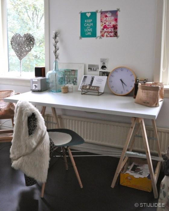 Werkplek met schragentafel na STIJLIDEE Interieuradvies en Styling