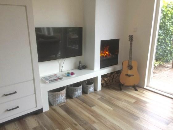 Binnenkijken in ... een woning met elektrische sfeerhaard in moderne design stijl in Nieuwegein | STIJLIDEE Interieuradvies en Styling