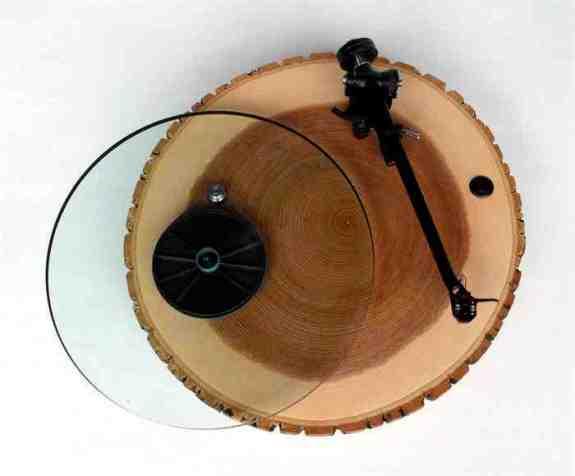 Stijlmagazine-Barky-houten-platenspeler-vinyl