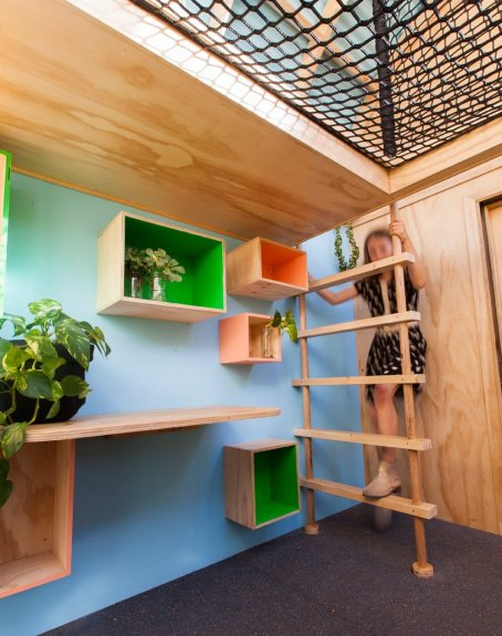 doherty-design-studio-vardo-hut-cubbyhouse-australia-Stijlmagazine.03