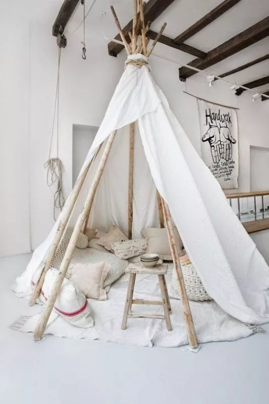 interieur diy wigwam of tipi in de kinderkamer trend stijlvol styling lifestyle woonblog. Black Bedroom Furniture Sets. Home Design Ideas
