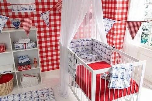 Interieur  Kids  Babykamer  kinderkamer in Delfs blauw