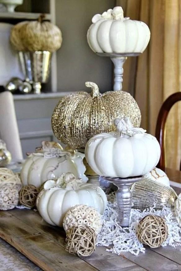 Pompoenen en kalebassen, herfst decoratie in interieur en tuin - www.stijlvolstyling.com Woonblog