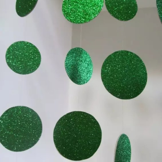 Kleur & Interieur | Groen in jouw interieur, emerald groen, huis inrichten, wonen, kleurinspiratie, kleuradvies - www.stijlvolstyling.com