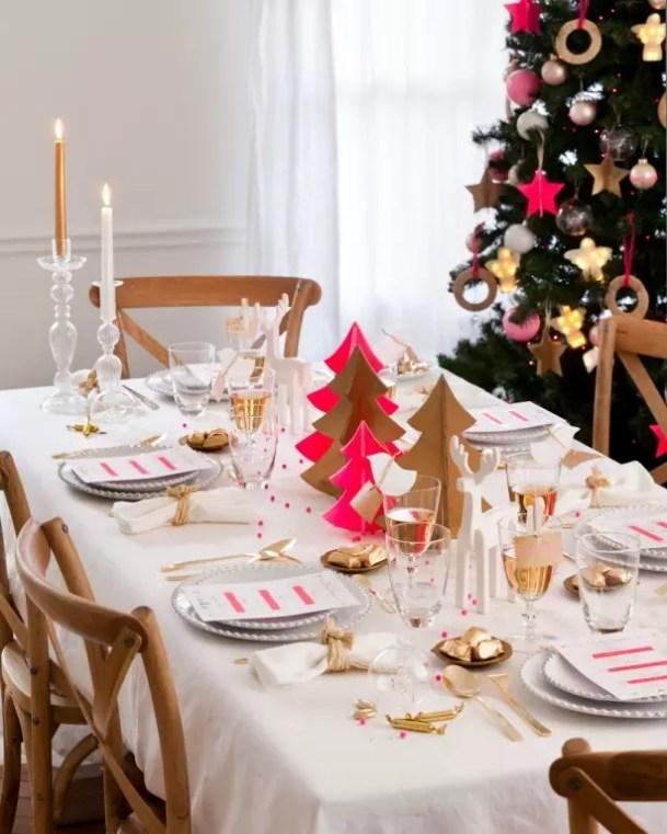 Feestdagen   Een vrolijke roze kerst - #kerstblog #woonblog - www.stijlvolstyling.com