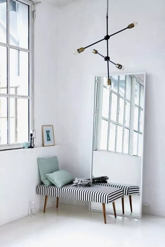 Globe lichtbronnen / lampen als interieurtrend - Stijlvol Styling Woonblog www.stijlvolstyling.com