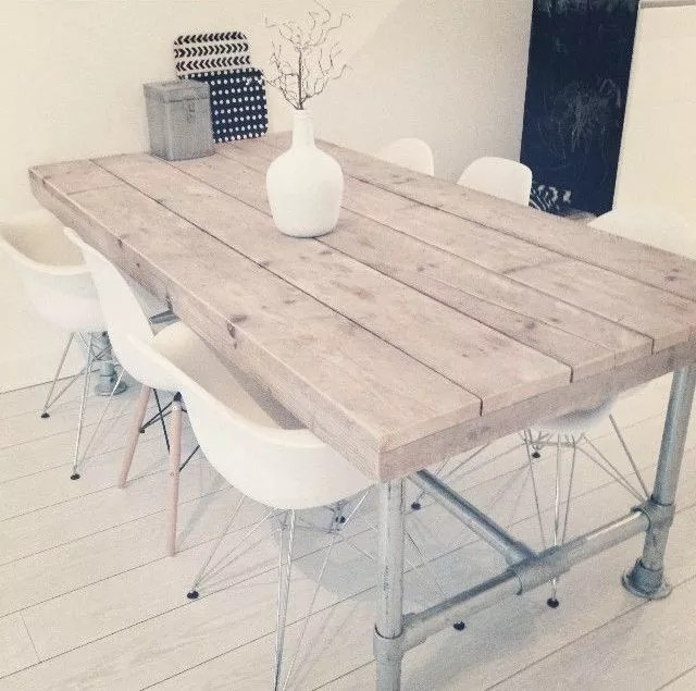 Interieur | Hip met steigerhout en steigerbuis meubelen - Stijlvol Styling woonblog www.stijlvolstyling.com