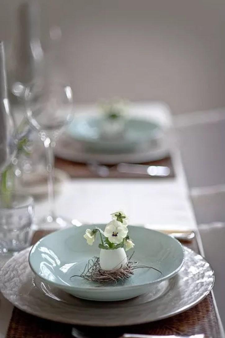 Feestdagen | Rustieke paas decoratie - Stijlvol Styling woonblog www.stijlvolstyling.com Beeld: les tisus colbert