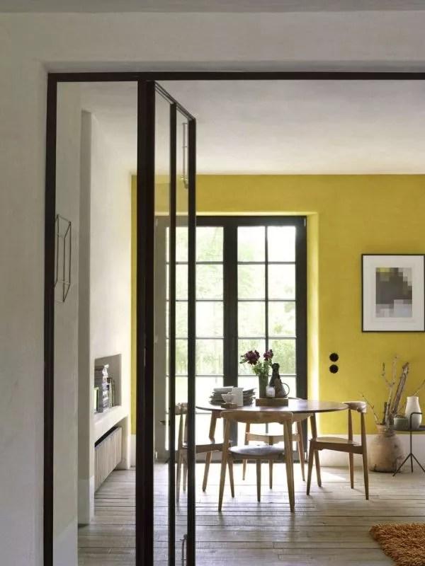Kleur & Interieur | Geel brengt het zonnetje in huis - Stijlvol Styling woonblog www.stijlvolstyling.com