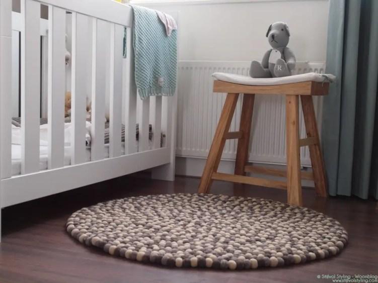 Interieur | Bolletjeskleed handgemaakt van vilt - Stijlvol Styling woonblog - www.stijlvolstyling.com