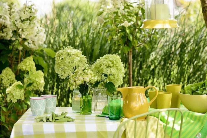 Buitenleven | Hortensia is tuinplant vd maand juli - Stijlvol Styling woonblog www.stijlvolstyling.com