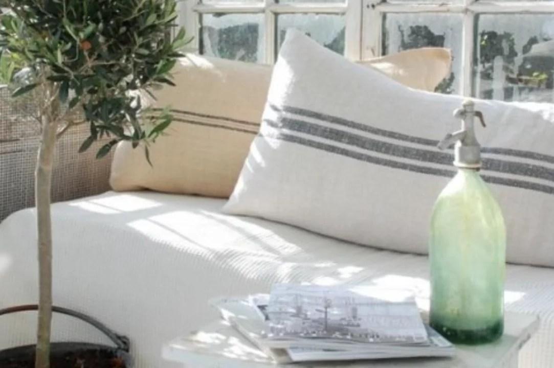 Interieur inspiratie | Decoratie met vintage spuitwaterflessen - Stijlvol Styling woonblog www.stijlvolstyling.com