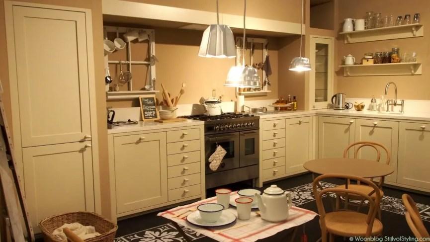 Binnenkijken |Romantische keuken. - Woonblog StijlvolStyling.com