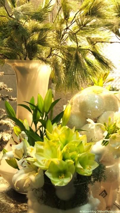 Groen wonen   Witte droom kersttafel vol (kerst) groen - © Woonblog StijlvolStyling.com