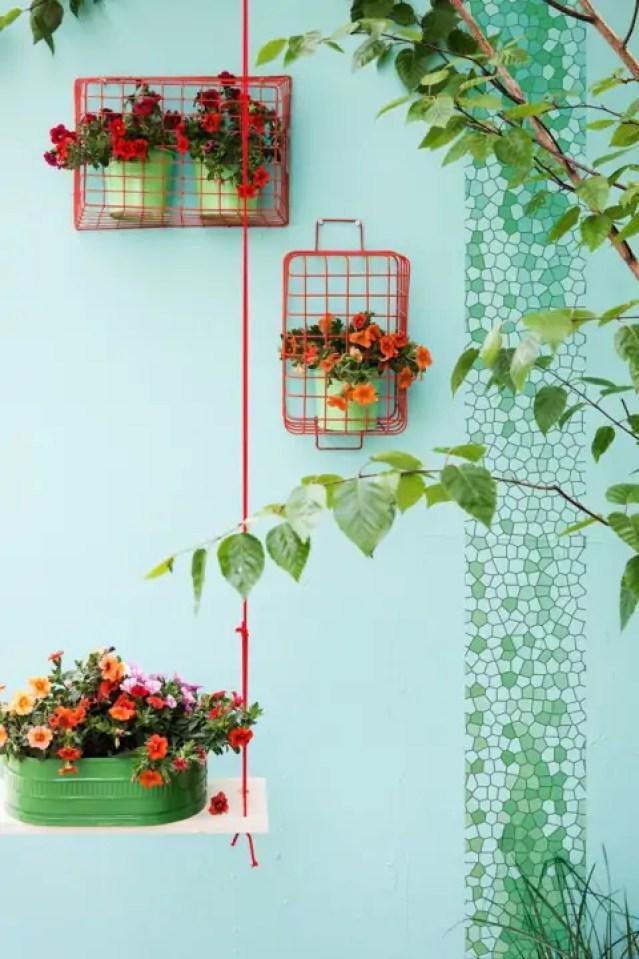 Buitenleven   Mini-petunia 'Tuintrompetjes voor vrolijke noot' - Woonblog StijlvolStyling.com (Calibrachoa garden flowers)