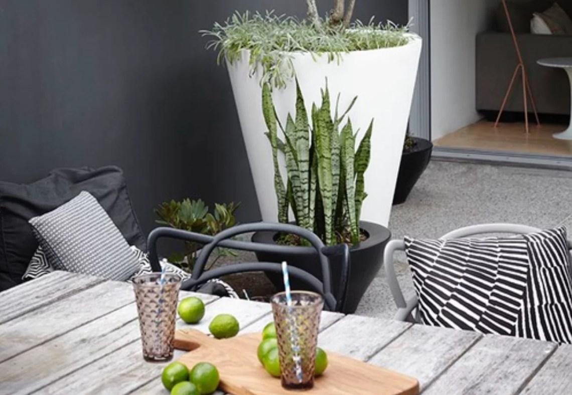 Buitenleven | Vakantiegevoel in eigen tuin - Woonblog StijlvolStyling.com (Holliday garden style)