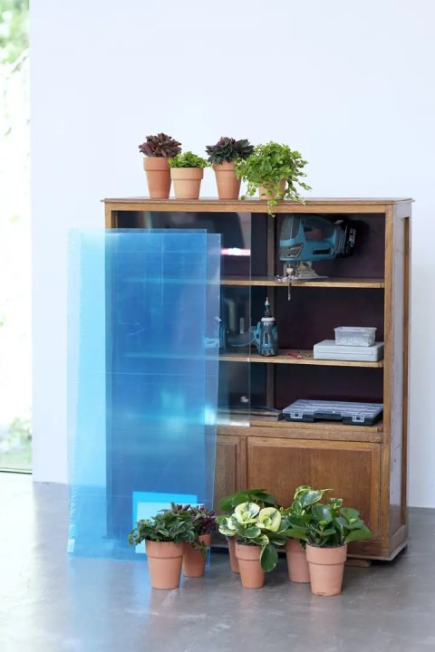 DIY | Van kastje naar planten kastje - Woonblog StijlvolStyling.com (Urban jungle vintage do it yourself with Peperomia)