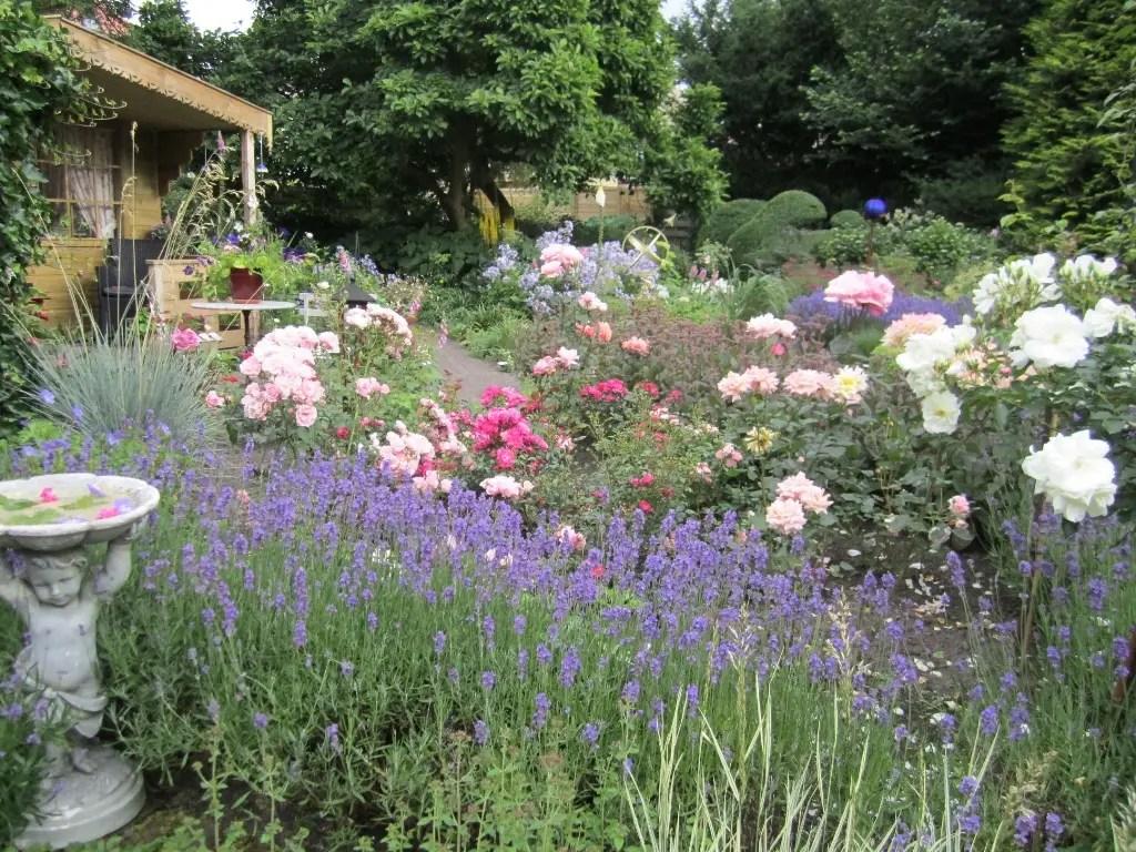 Buitenleven   Nationale tuinweek 2016 zet Nederland in bloei! - Woonblog StijlvolStyling.com