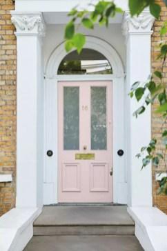 Woonnieuws | Little Greene kleur roze voor Pink Ribbon - kleuren: 10. Dorchester Pink - Mid 286 & Loft White 222