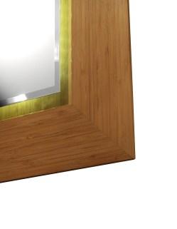 Įrėmintas veidrodis. Bambukinis rėmas.
