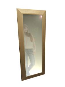 Pastatomas arba pakabinamas veidrodis