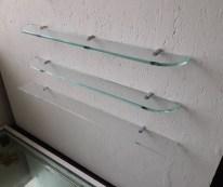 Stiklinės lentynėlės