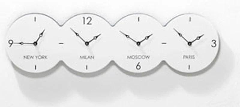 Orologio da parete Cuatro con cassa colore BIANCO in MDF
