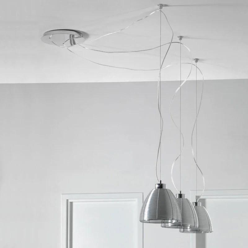Lampadario a sospensione con paralme in filo allumino ed