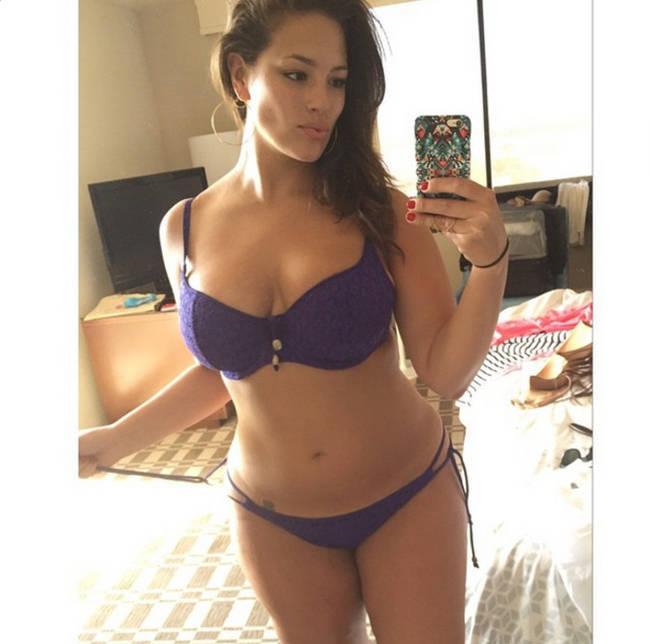 10 bellezze curvy da seguire su Instagram