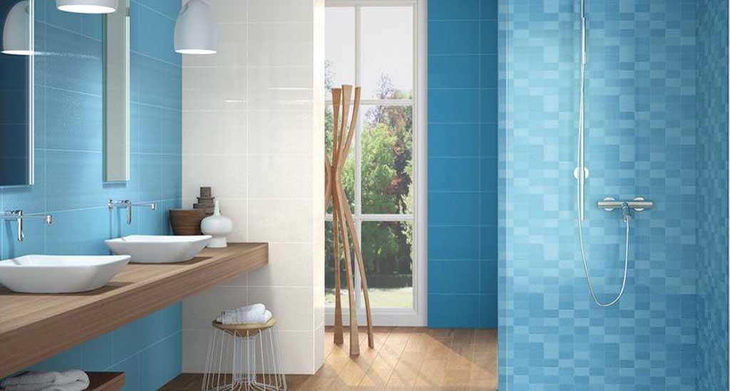 Il bagno in Sardegna un tuffo nellacqua cristallina