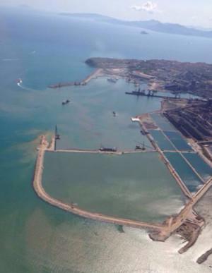Il porto di Piombino con i nuovi lavori