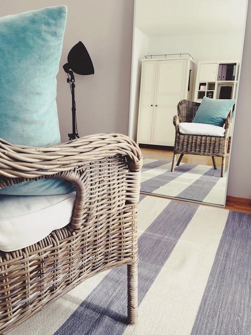 Farb- und Stilberatung mit gemütlichem Sessel und optimaler Beleuchtung