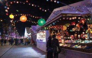 Christmas Market Champs Elysées Paris