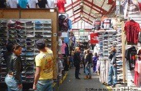 clignancourt paris flea market