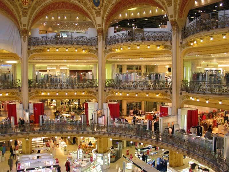 Galeries Lafayette warenhuis in Parijs- Parijs