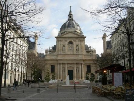 Universidad de la Sorbona en el Barrio Latino