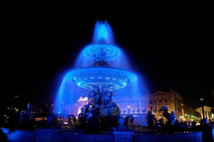 Nuit Blanche-White Night -Paris