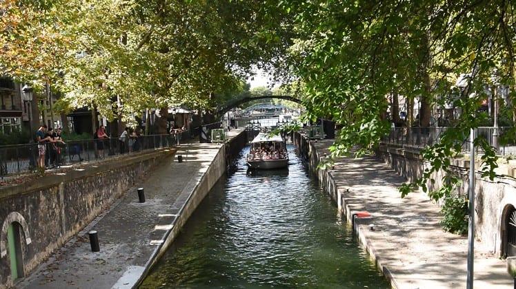 Cruise Canauxrama in Canal Saint Martin