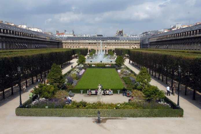 Tuileries park, Palais Royal Area
