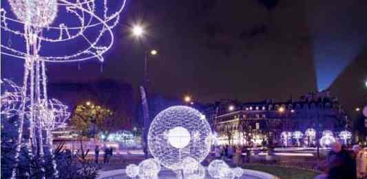 Paris Christmas Lights Tour