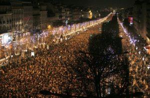 Champs-Elysées in Paris für Silvester