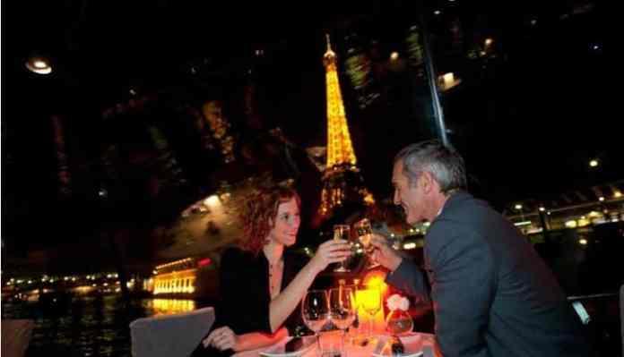Romantische Dinner-Kreuzfahrt in Paris für Silvester 2017